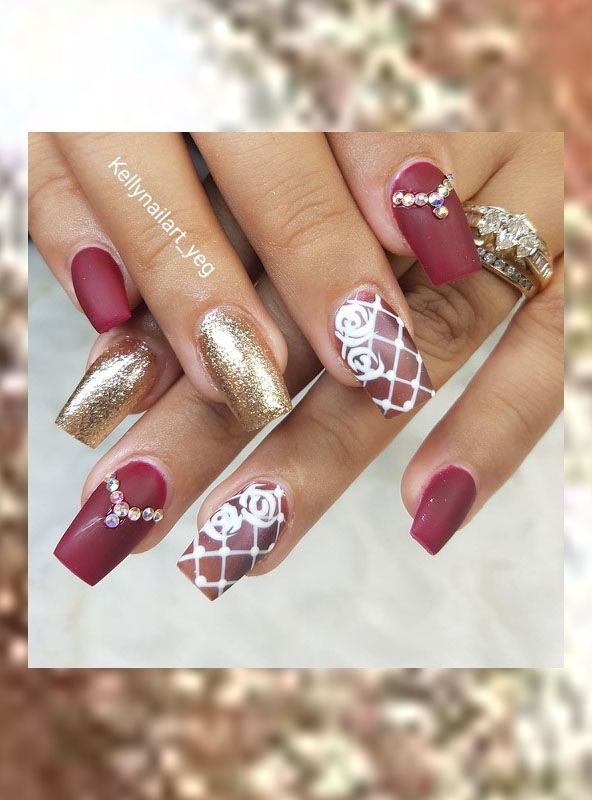 Red, gold and roses - awesome nails made by nailtech Kelly using ...