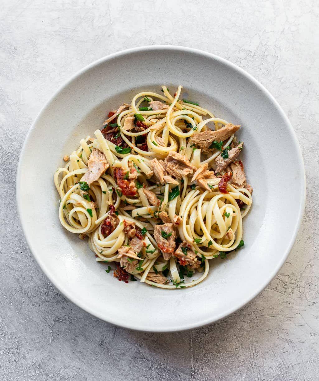 Olive Oil And Garlic Tuna Pasta Recipe Easy Pasta Recipes