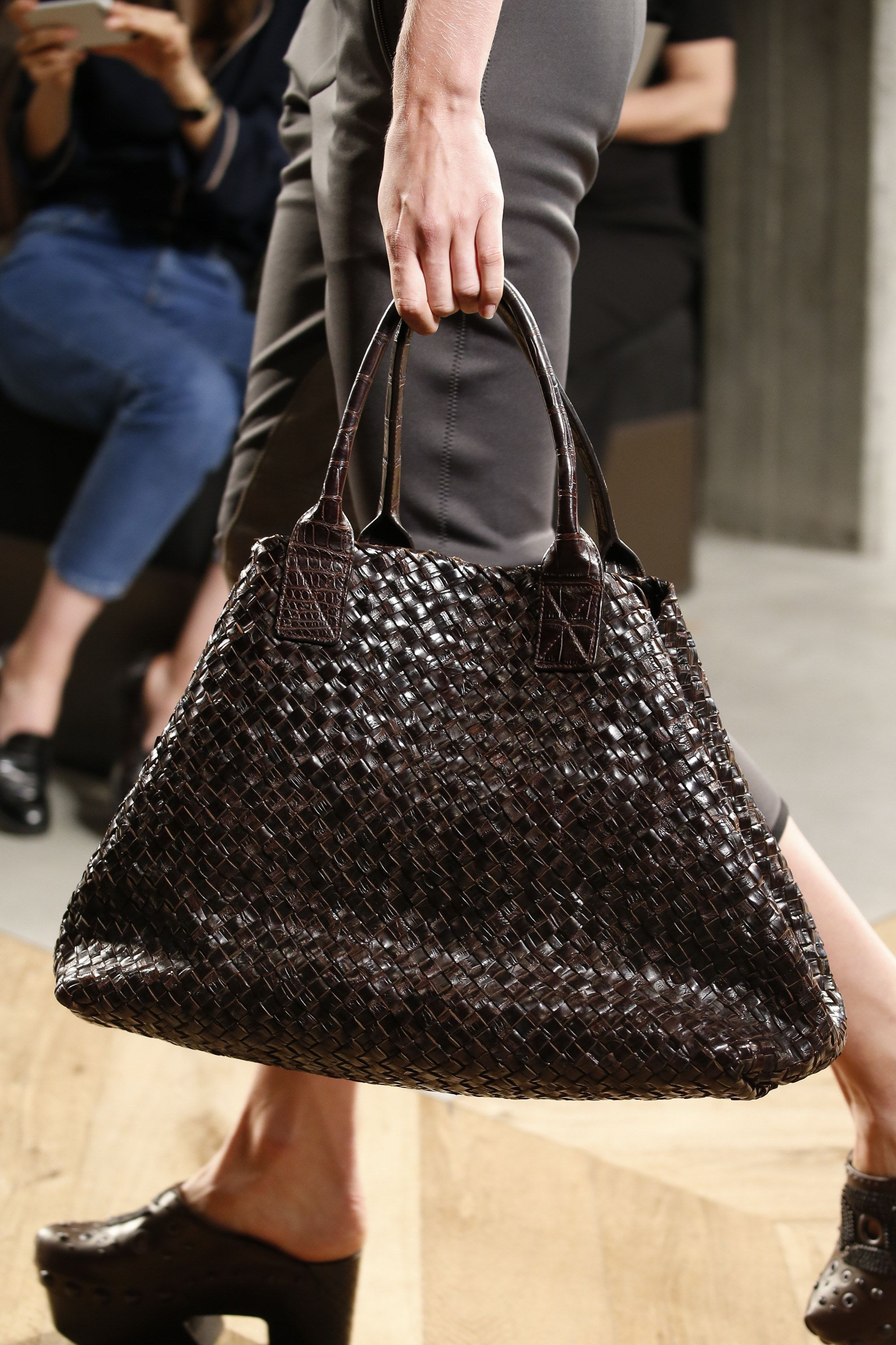 0f94e47b071f Bottega Veneta Spring 2016 Ready-to-Wear Fashion Show Details