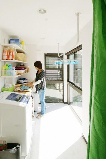 神奈川県横浜市 建築家と建てるデザイン注文住宅 ランドリールーム 洗濯室 インテリア 収納
