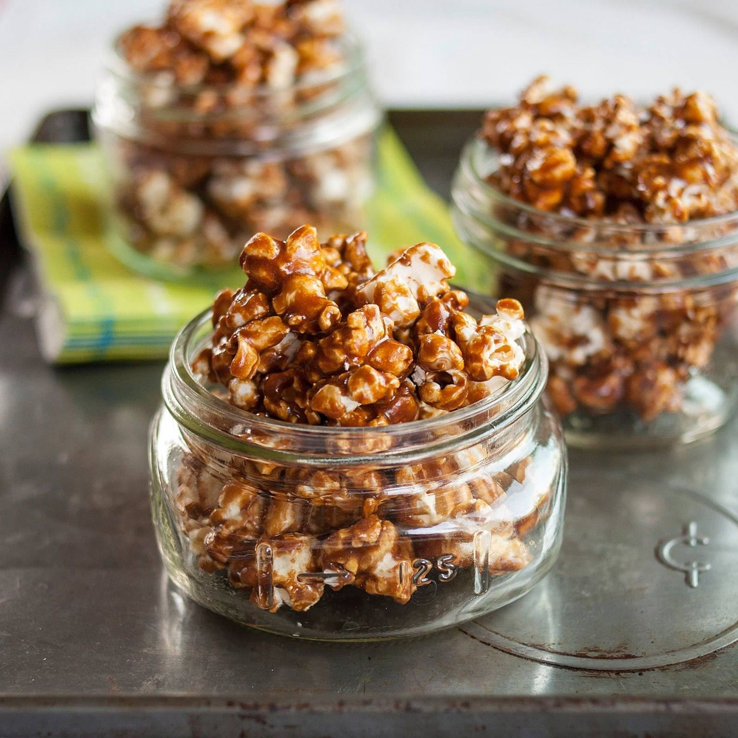 How To Make the Best Caramel Popcorn — Remember this for Christmas Gifts!! Unique and DELISH!