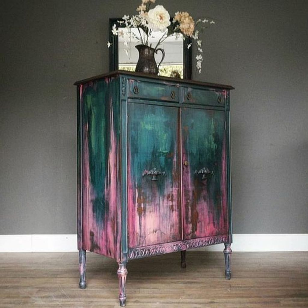 30+ Awesome Distressed Furniture Ideas