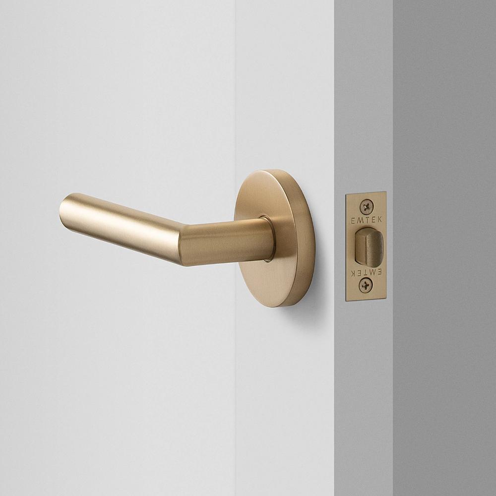 York Door Set With Otto Lever Satin Brass Brass Door Handles