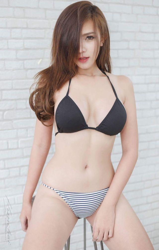 Naked japanese women models bikini pictures