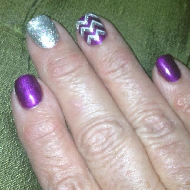 My Holiday Nails Thanks Shelby Venus Nail Salon In Bowling Green Ky Holiday Nails Nail Colors Nails