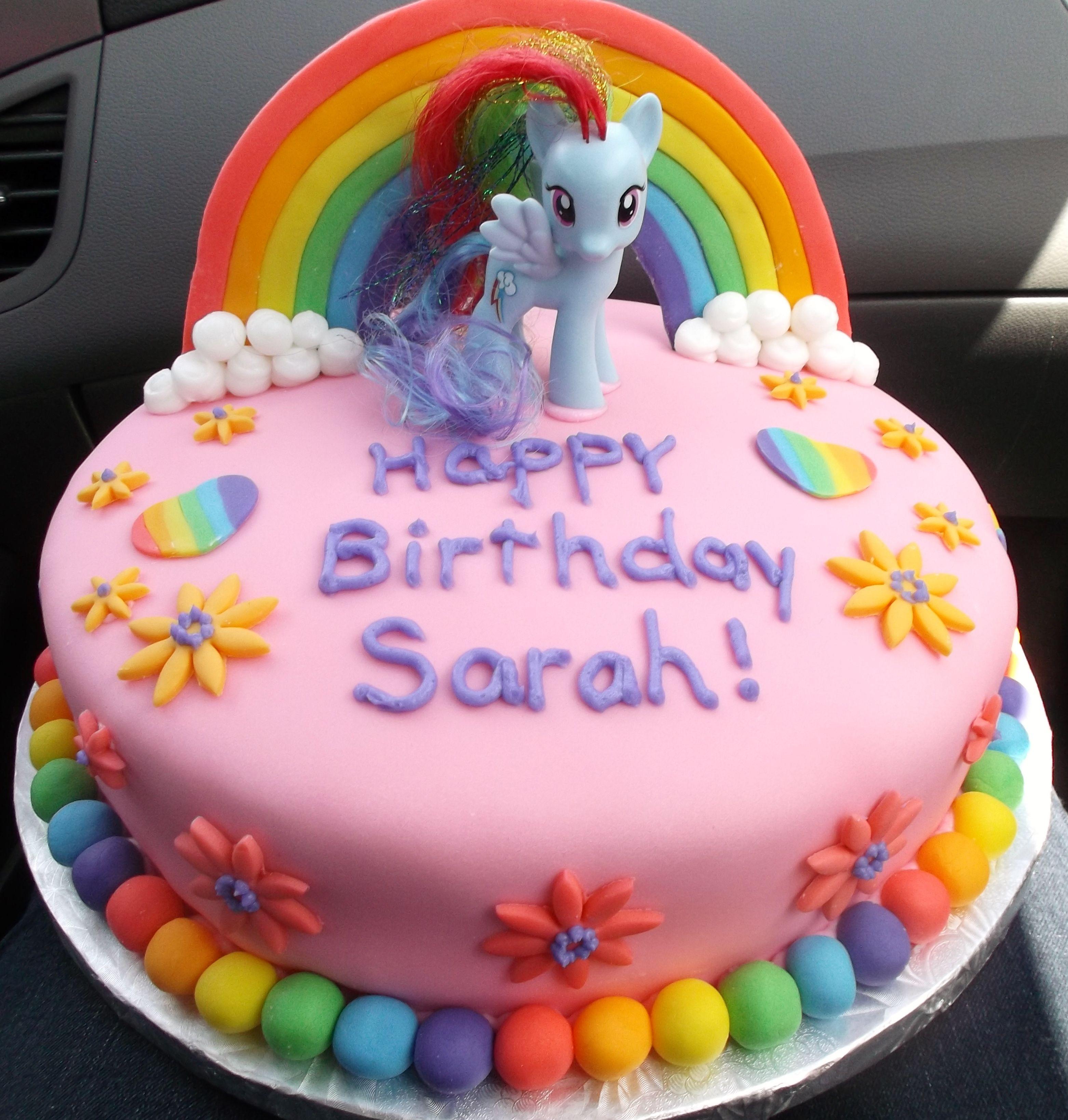 Sarah S My Little Pony Theme Birthday Cake Easy To To Just Stick A Pony On Top Which The Birthday Girl Geburtstagstorte Pony Kuchen Torte Kindergeburtstag
