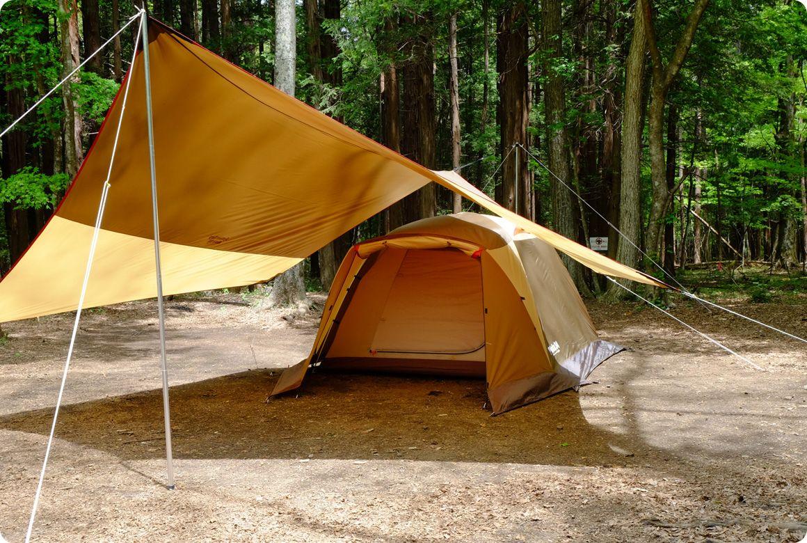 どの位置にテントを張るのがベスト タープとテント連結のポイント キャンプ道具のマメ知識 Hondaキャンプ テント キャンプ タープ