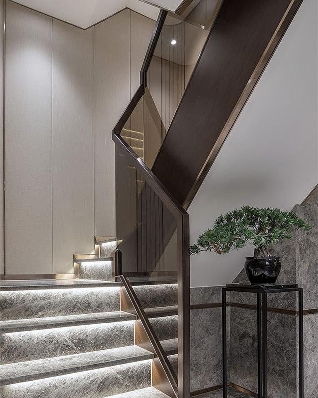 صور درابزين درج للفلل والدوبليكس بأحدث الاشكال ميكساتك Brick Patios Home Stairs