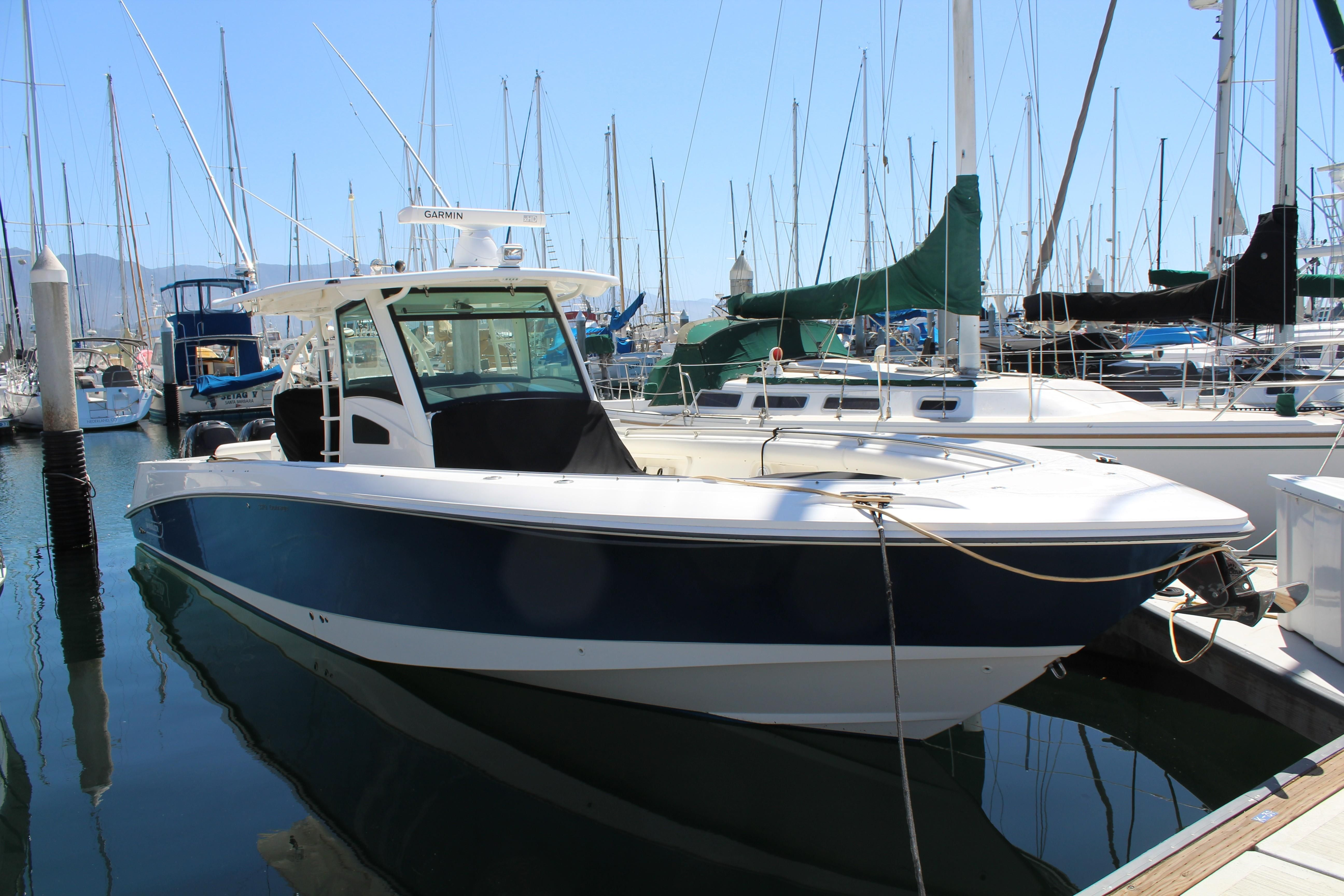 Boston Whaler Outrage 370 The Impressive 370 Outrage Earned A Coveted Nmma Innovation Award A Used Fishing Boats Fishing Boats For Sale Aluminum Fishing Boats