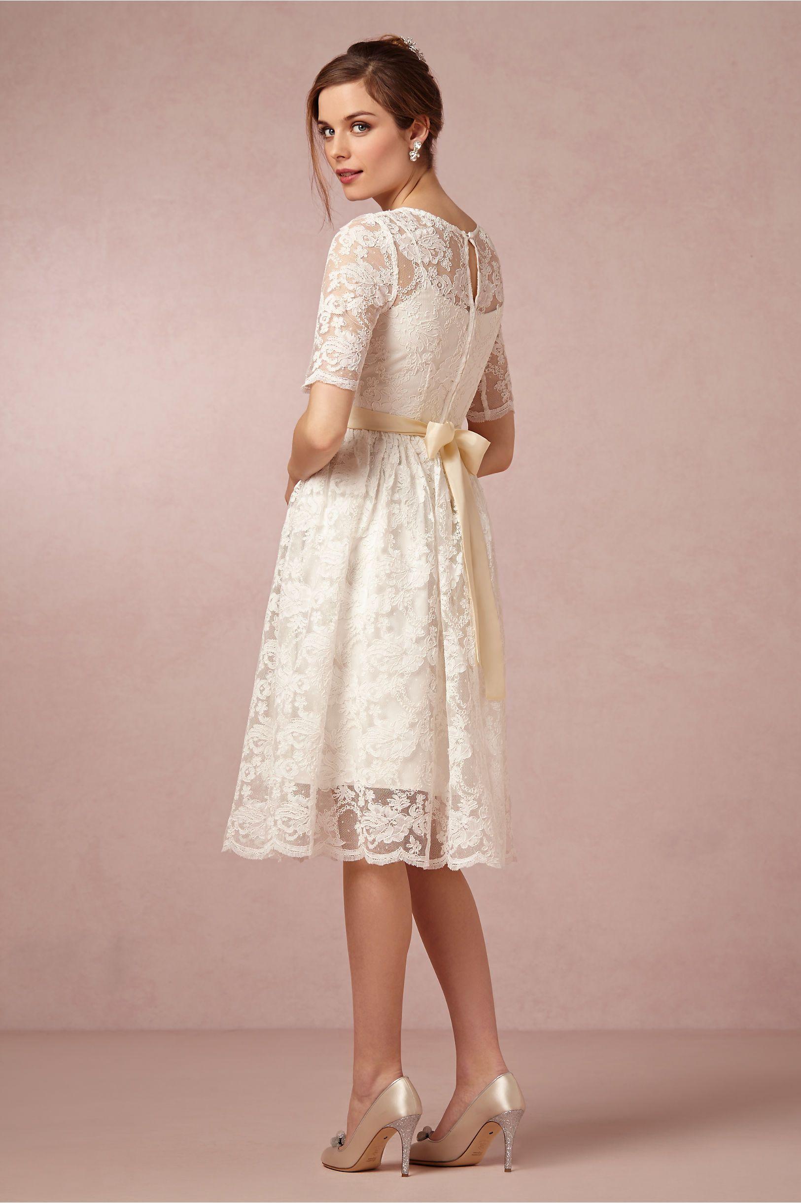 Back detail - zipper placement/button detail Tessa Dress in Bride ...