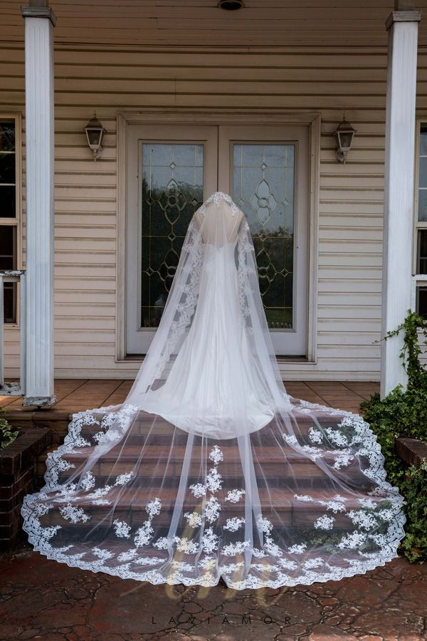 Vintage Inspired Royal Lace Edge Mantilla Style Cathedral
