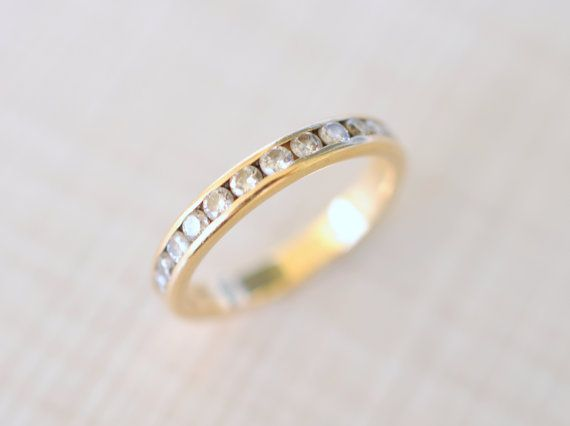 Hey, I found this really awesome Etsy listing at http://www.etsy.com/listing/161640710/1940s-vintage-14k-yellow-gold-and