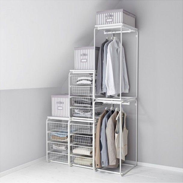 mit system lassen sich nischen und der platz unter der dachschr ge optimal nutzen bedroom. Black Bedroom Furniture Sets. Home Design Ideas