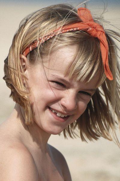 Idée coiffure jeune fille, le bandana Coupes et