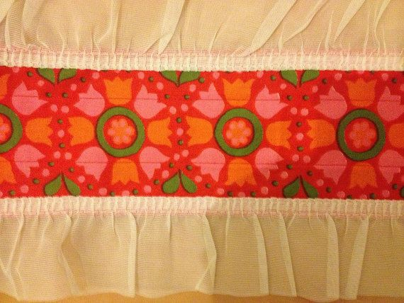 Really colourful little retro Valance, with nice flowers. Scandinavian pattern, made in Sweden
