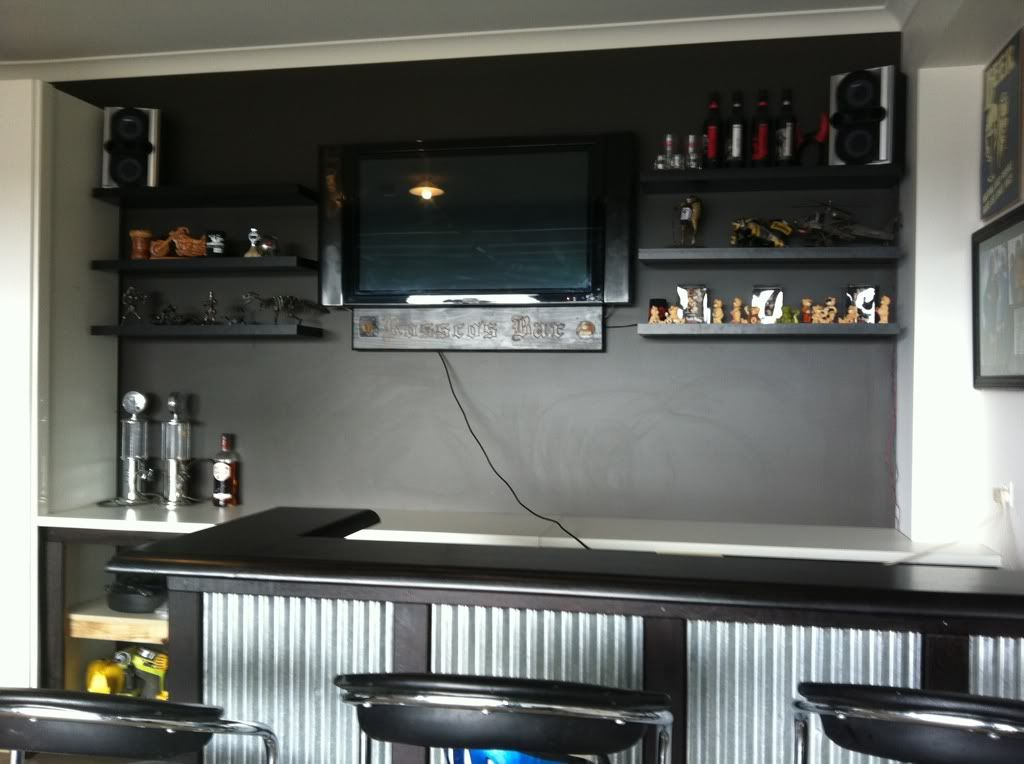 Garage Bar Ideas View Topic The Gilletts Crazy Dream