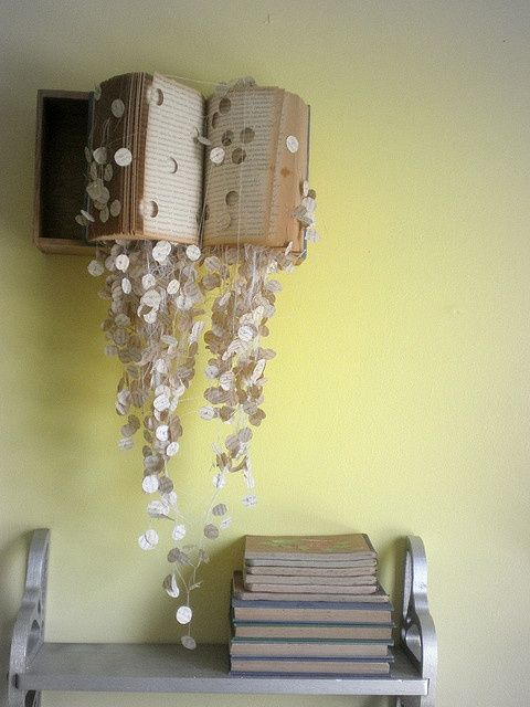 Book Wall Art - 20 Clever and Cool Old Book Art Examples, http ...