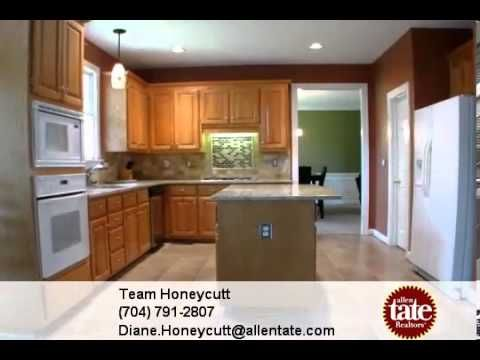 Homes For Sale 4587 Waterford Dr Nw Concord Nc 28027 Team Honeycutt Home Kitchen Kitchen Cabinets