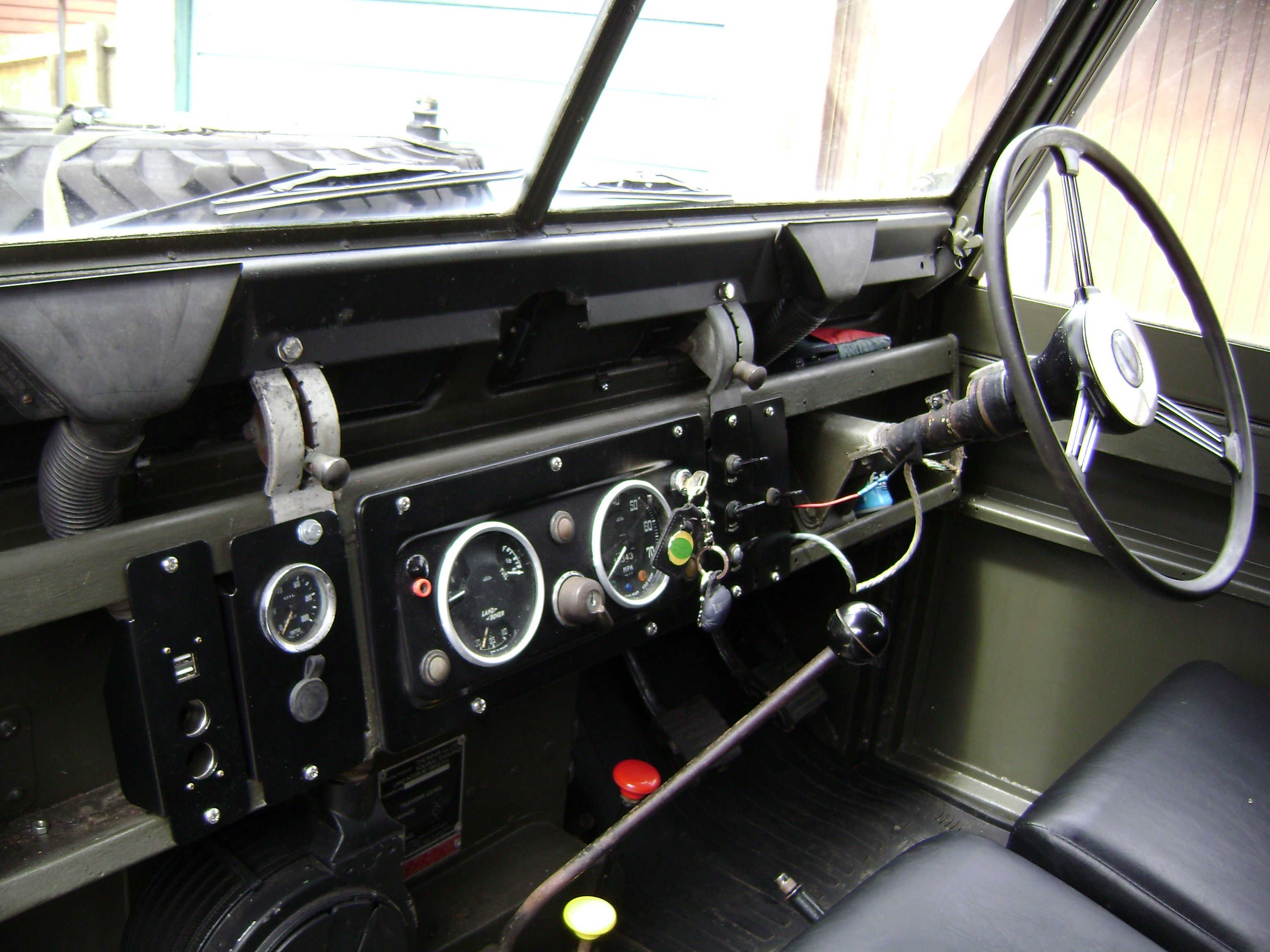 1963 series 2a 88 petrol interior land rover for Interior land rover defender