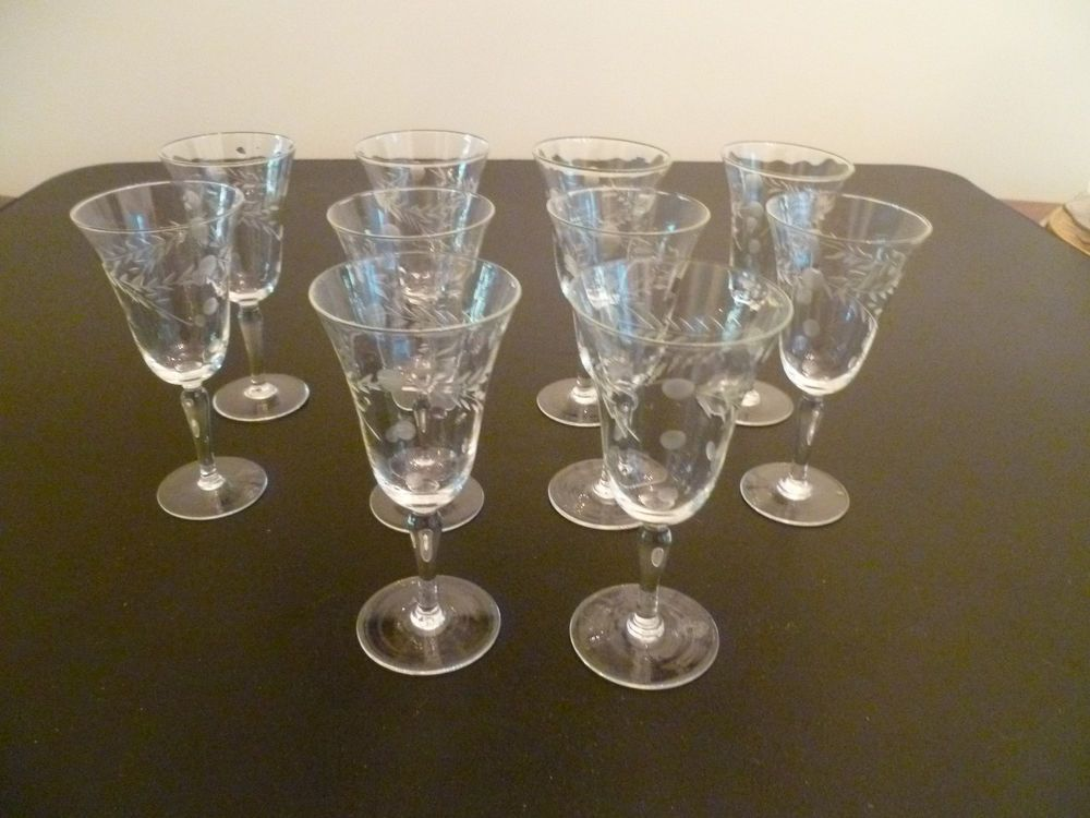 Glass Aperitif Cordial Set Of 5 Clear Glass Gold Decorative Border Antique