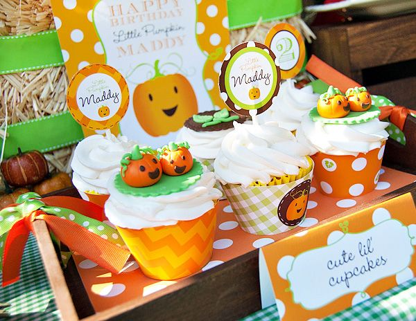 """""""little pumpkin"""" birthday party theme. Perfect for Rylan's October birthday!!"""