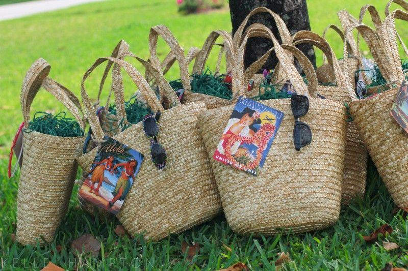 Beach Bag Wedding Favor Ideas : Hawaiian Party Favors on Pinterest Hawaiian Party Decorations, Luau ...