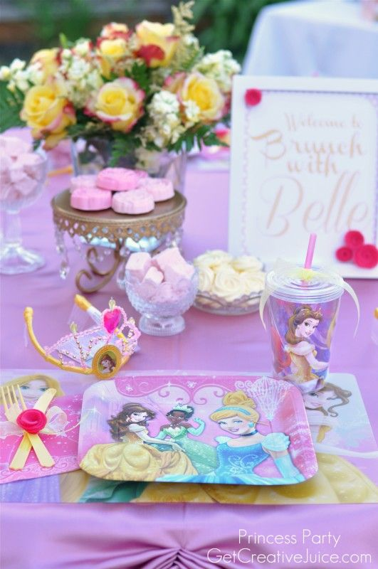 Princess Party Table setting ideas and decorations. A royal look for ...