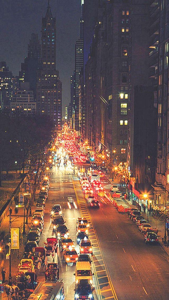 Busy New York Street Night Traffic iPhone 5s wallpaper