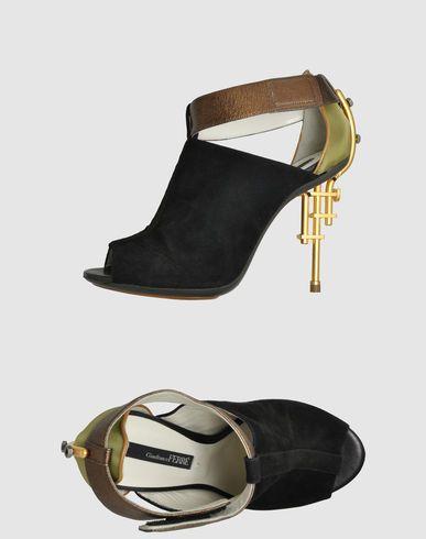 FOOTWEAR - Sandals Gianfranco Ferre 8c3OOat