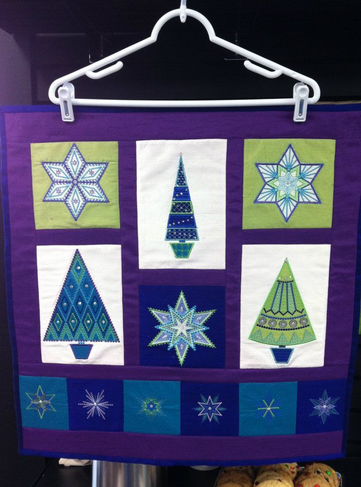 Cute wall hanging using Sarah Vedelar's Sparkle CD made by Lynda Carlock Meacham.