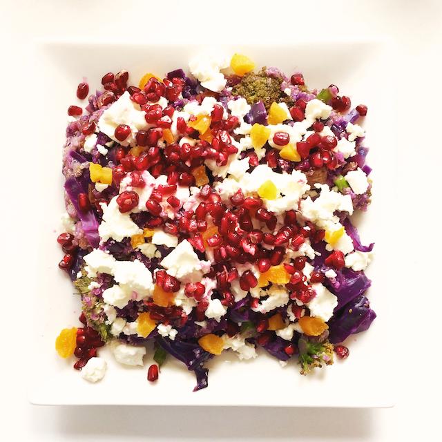 Hämmentäjä: Feta and red cabbage quinoa, rainbow food. Feta-punakaalikvinoa, sateenkaariruokaa