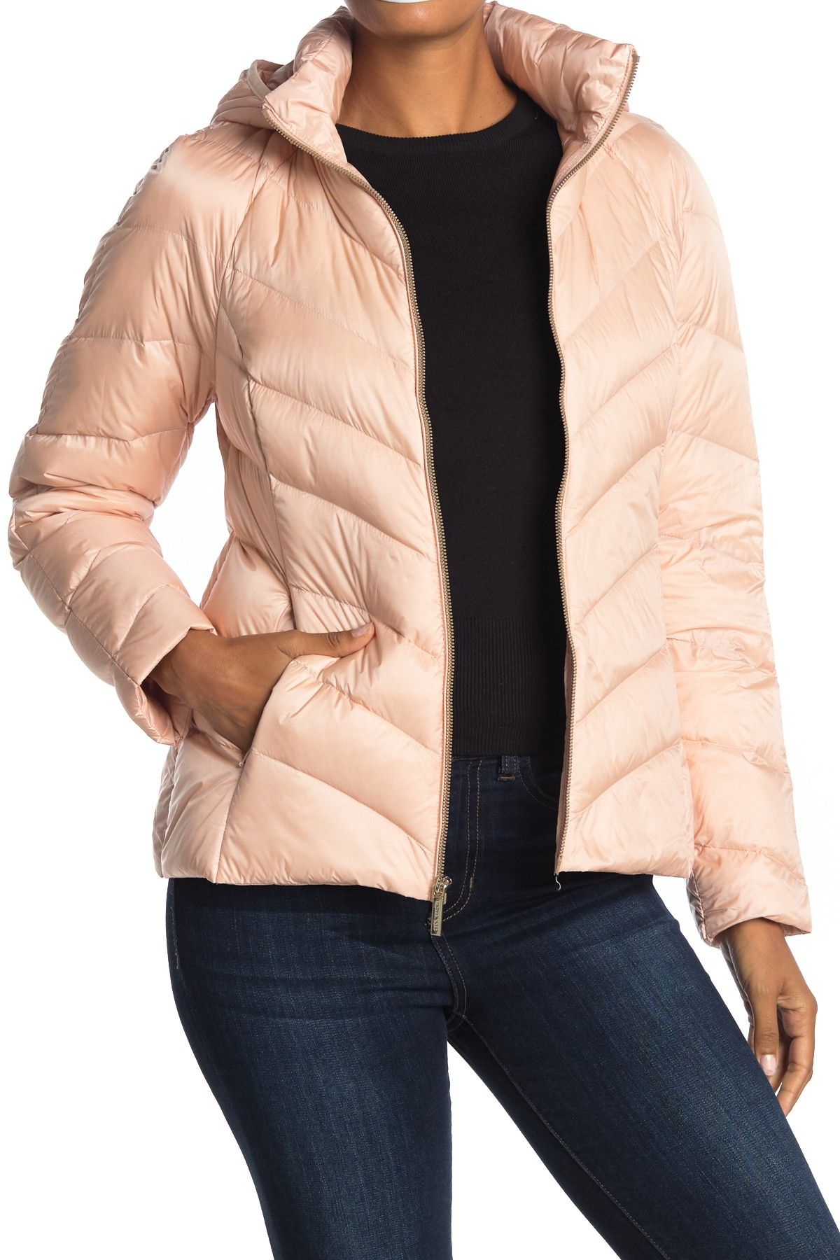 Michael Kors Short Packable Puffer Jacket Nordstrom Rack Michael Kors Shorts Jackets Puffer Jackets [ 1800 x 1200 Pixel ]
