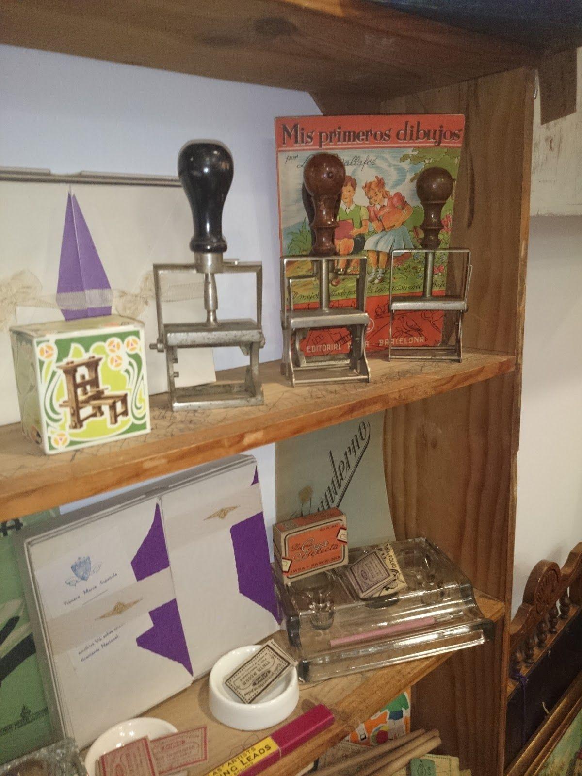 Muebles y objetos vintage reciclado de mobiliario vintage living lluch material vintage d - Decoracion vintage reciclado ...