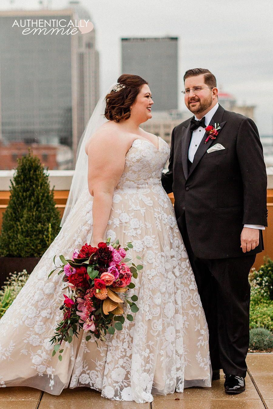 A Small Fall Formal Wedding In Louisville Kentucky At The Brown Hotel With Plussize Bride Fashion Blogger Au Wedding Dresses Plus Size Bride Plus Size Wedding [ 1350 x 900 Pixel ]