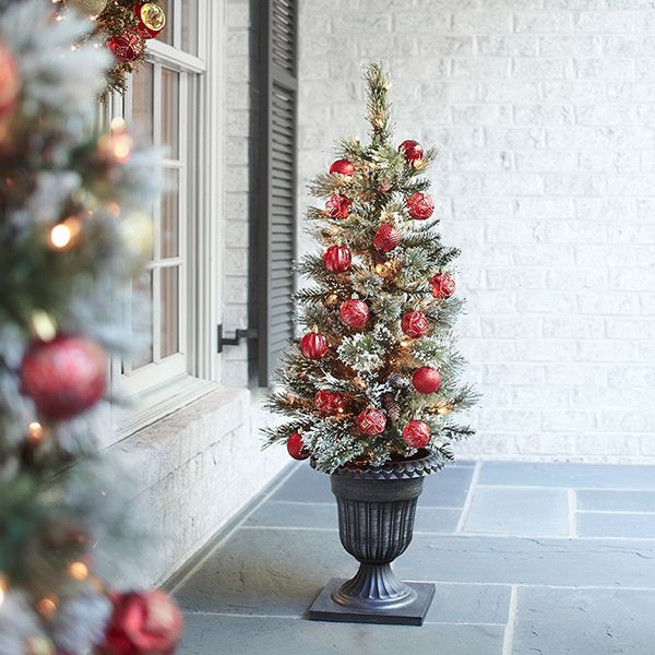 Home Depot Small Christmas Trees: Martha Stewart Living 4 Ft. Pre-Lit Potted Sparkling Pine