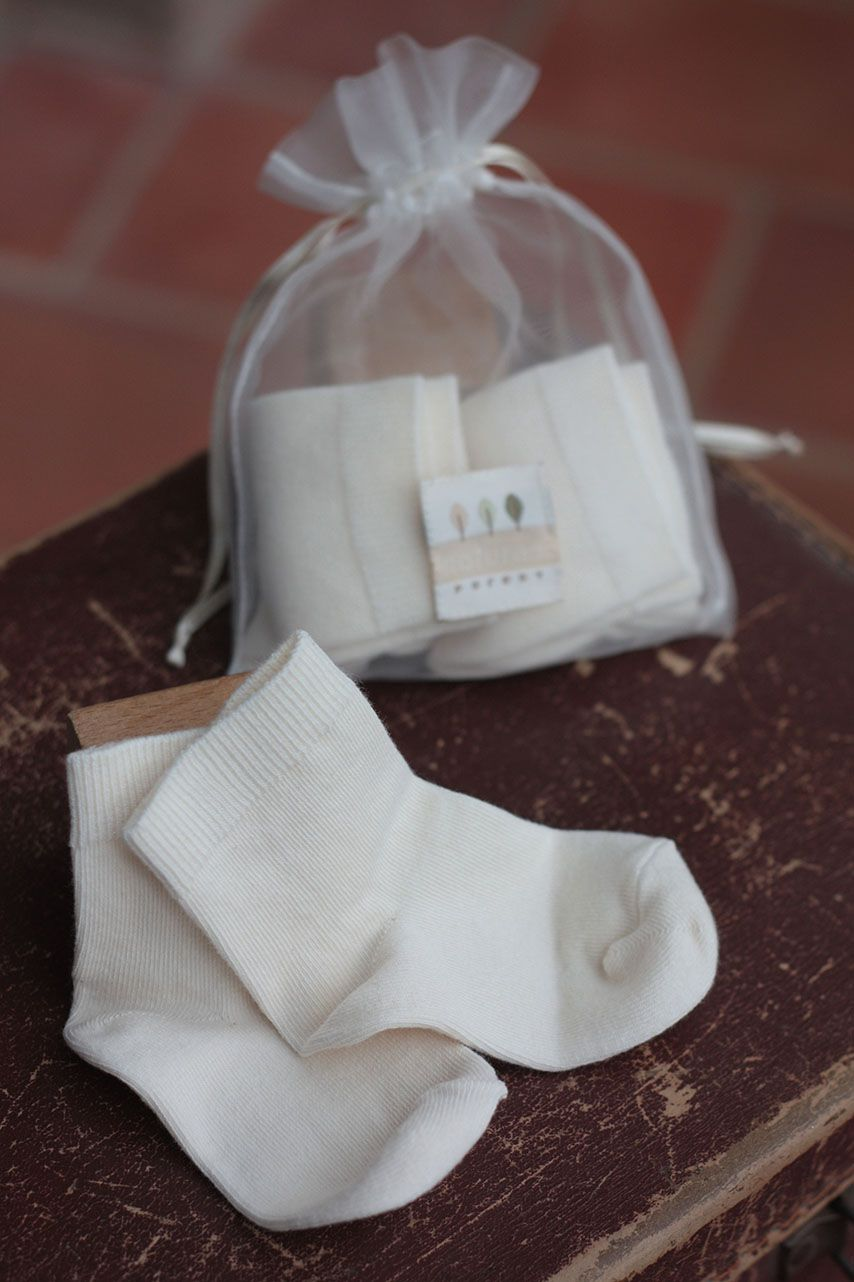 100 Organic Cotton Baby Socks Presented In A Bag Made From The Same Material As Sri Lankan Teabags Perfect For Tiny Toes Pure Products Organic Cotton Knitting