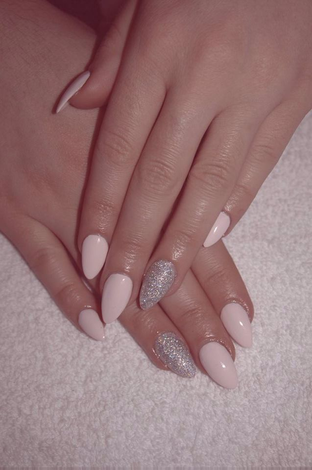 Almond Shape Pale Pink And Silver Acrylic Set Blush Pink Nails Silver Acrylic Nails Pale Pink Nails