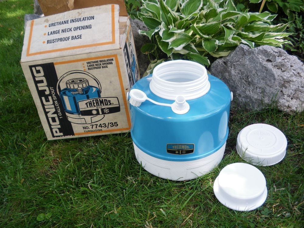 NEW OLD VINTAGE BLUE TURQUOISE THERMOS PICNIC JUG GALLON SPOUT COOLER 1960'S 70'
