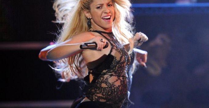 Shakira le pone sabor a su regreso a The Voice [VIDEO]