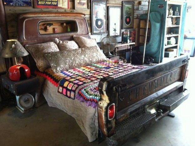 ein bett aus nem alten pick up m bel betten und bett. Black Bedroom Furniture Sets. Home Design Ideas
