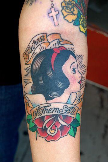 schneewittchen pinup tattoo