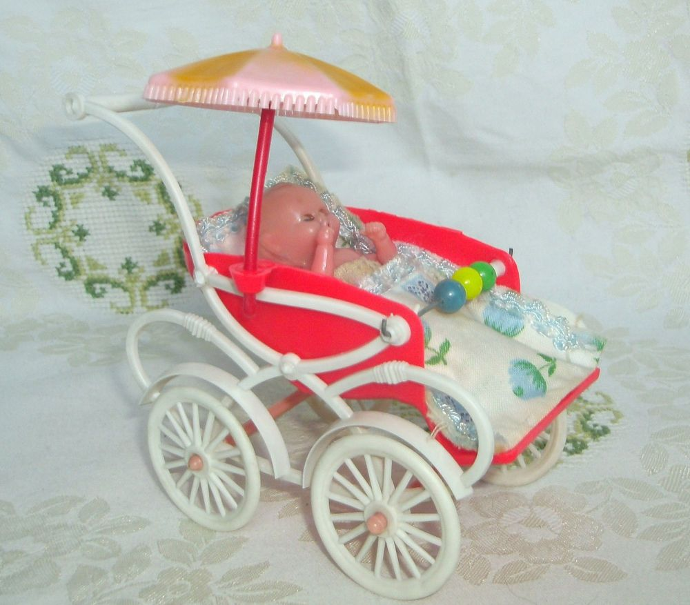 Puppenstube Kinderwagen Baby Fusssack Sonnenschirm Orig Oskar