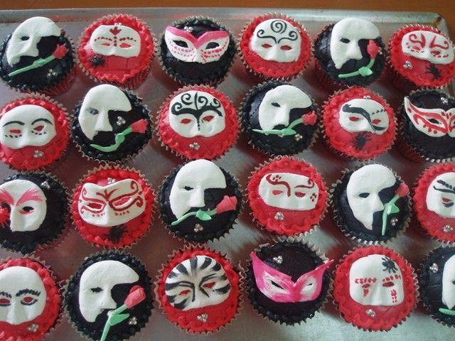 Phantom of the Opera Cupcakes;
