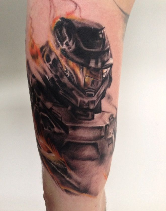 halo flaming helmet tattoo as seen on phil kiel halo pinterest helmet tattoo tattoo and. Black Bedroom Furniture Sets. Home Design Ideas