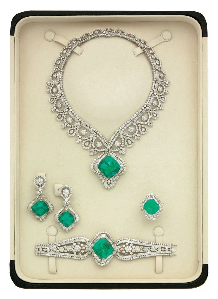 AN EMERALD AND DIAMOND PARURE, BY ELIE CHATILA     2000s, Jewelry   Christie's