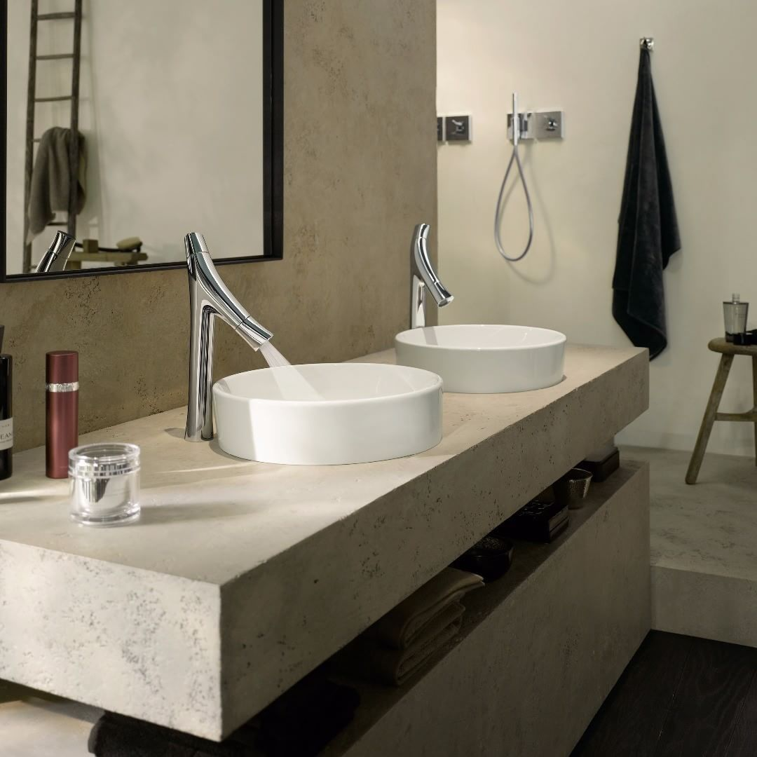 AXOR Starck Organic - organic and minimalist bathroom design.  @starck  #AXOR #AXORnordic #PhilippeStarck #AXORstarck #mixer #design #interior #interiordesign #interiordecor #bathroom #bathroomdesign #bathroominspo #nordicbathroom #badev�relsesinspiration