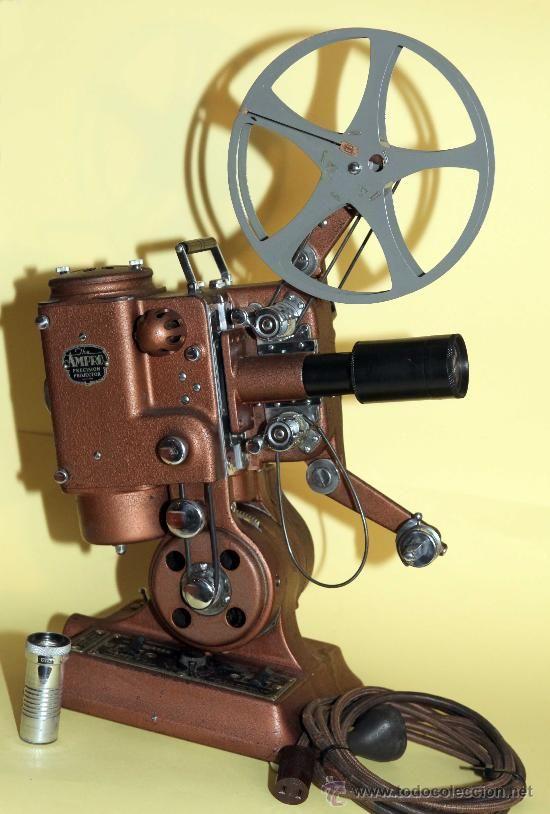 Proyecior De Cine 16mm Ampro Precision Proyector De Cine Proyector De Peliculas Camara De Cine