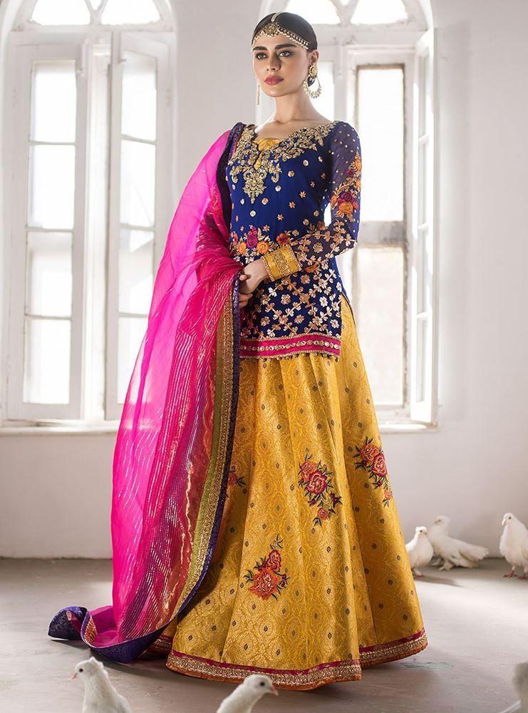 c2dd5bc279e Sahar in 2019 | Designer accessories n clothing | Pakistani formal ...
