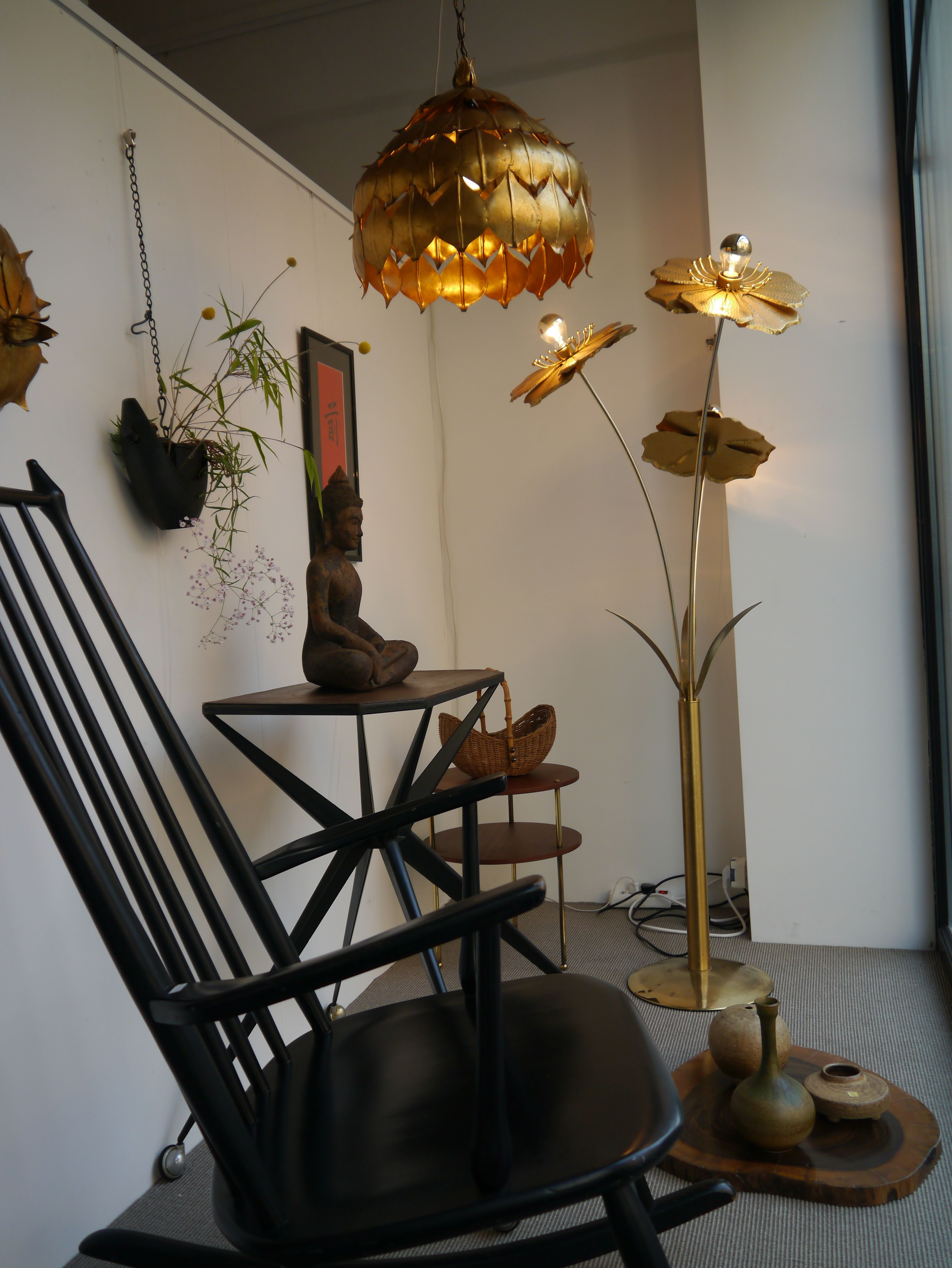 Window 02 July.Floor lamp with 3 flowers ,ceiling copper lamp lotus ...