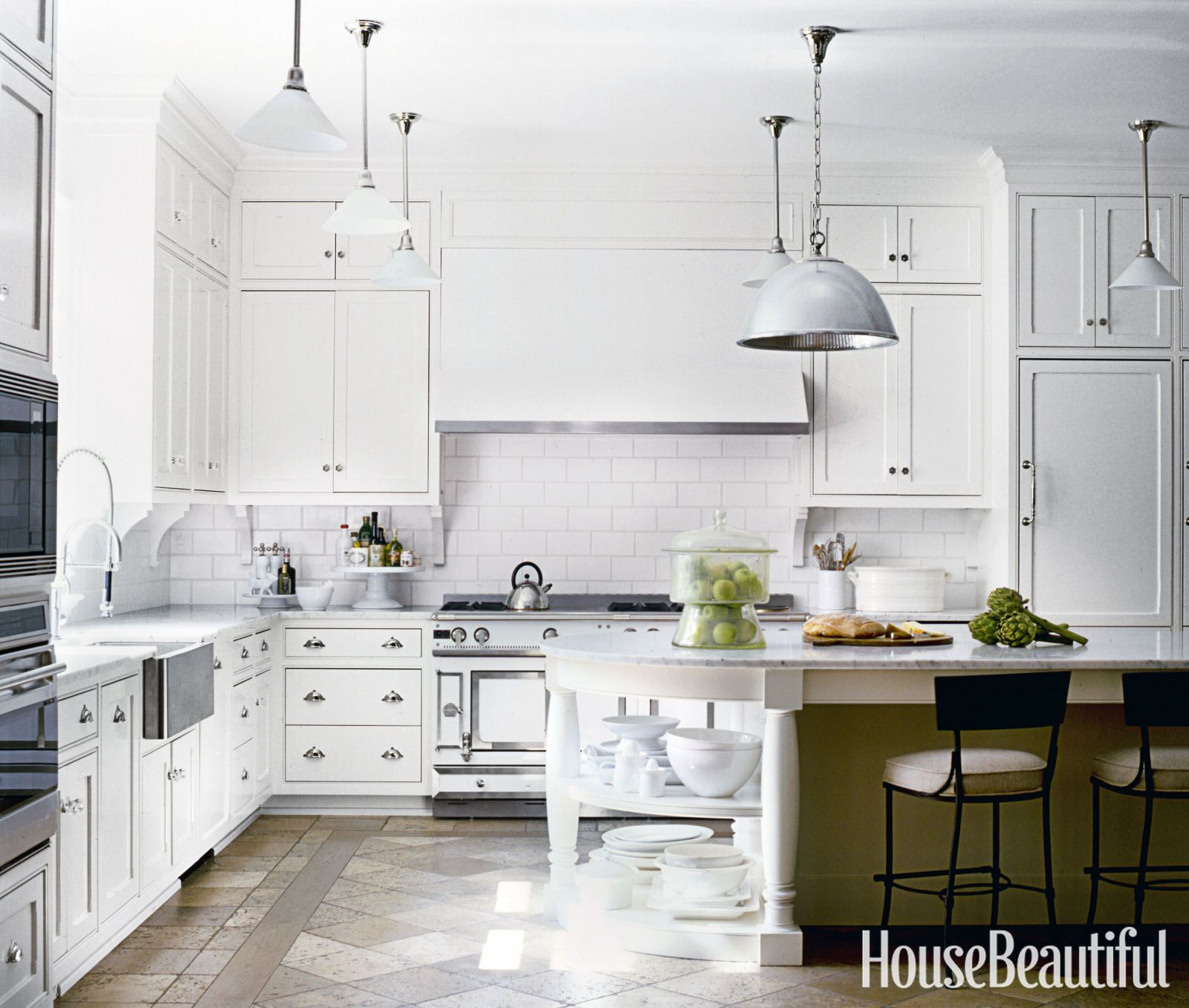 10 Designer White Kitchens That Are Anything But Boring | Kitchens ...